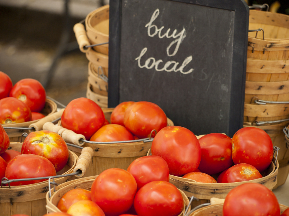 produce market, tomatoes photo, market garden, buy local image