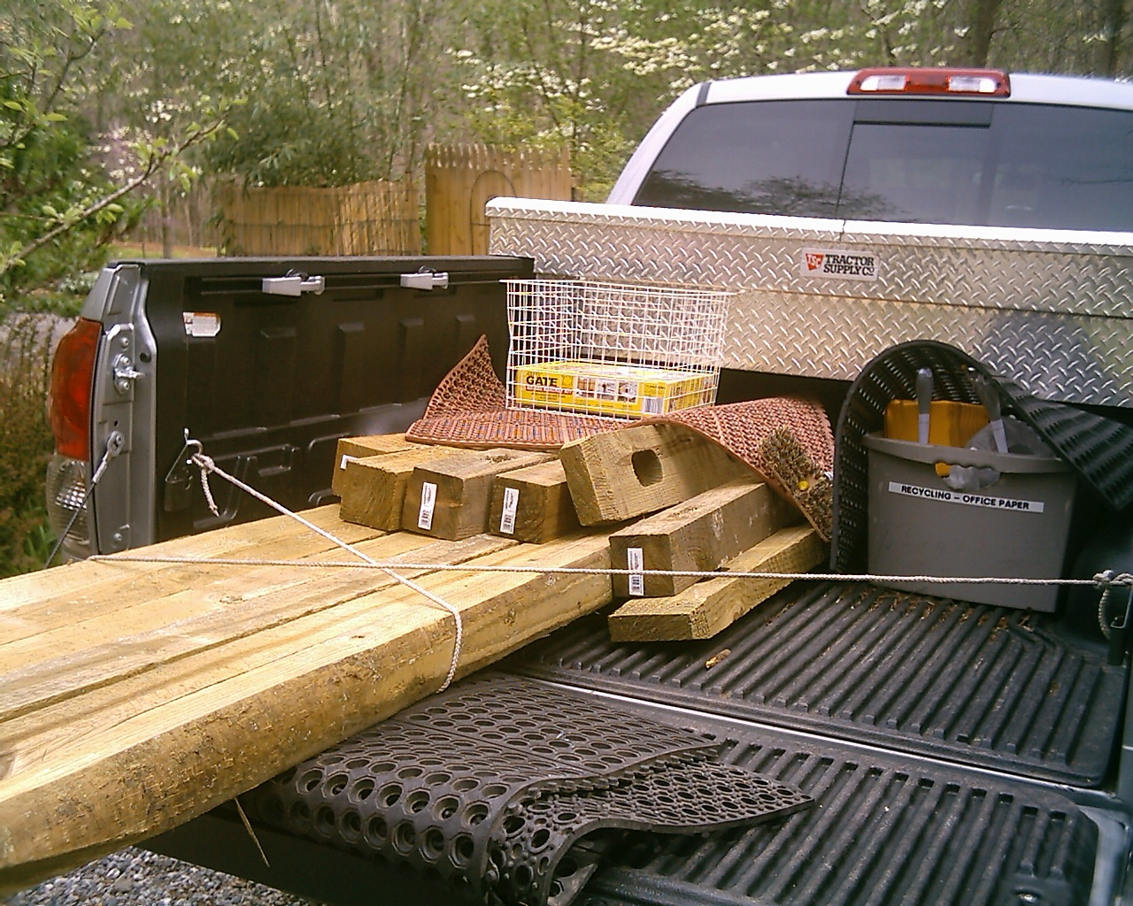 How To Strap Down Items On Truck Bed